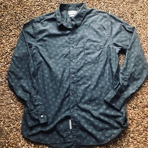 Lucky Brand long sleeved casual button down shirt